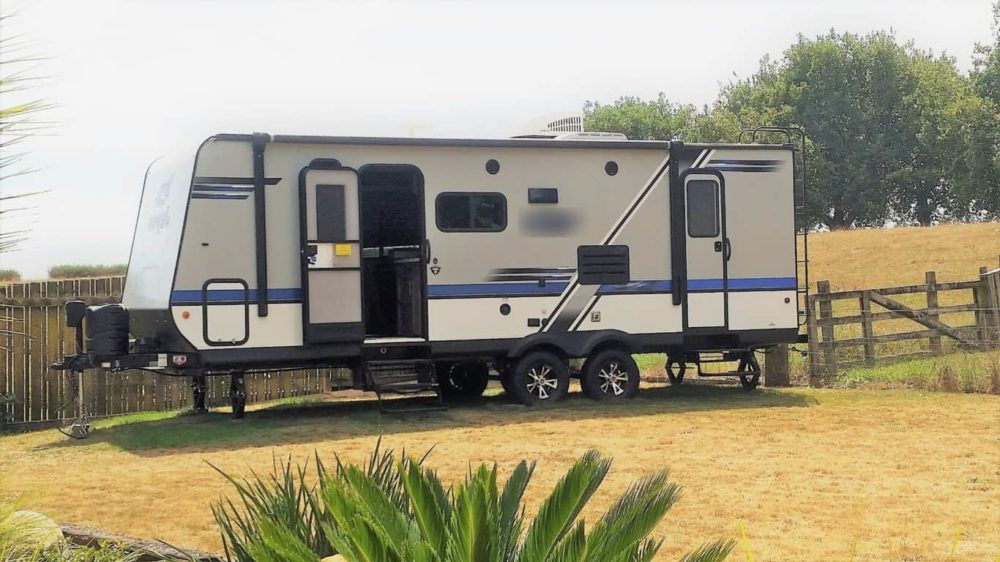 Travel trailer to nz